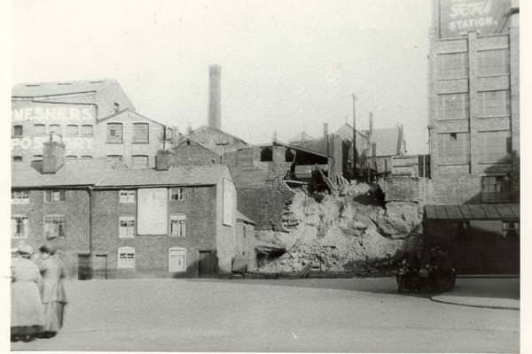 Works commence on the creation of The Plaza Steps (originally called the Lawrence Street Steps) in 1928 with the cottages in place that would make way for the buidling of The Plaza in 1932.